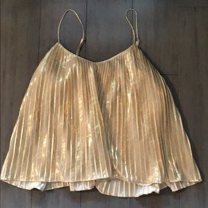 Gold pleated top ✨